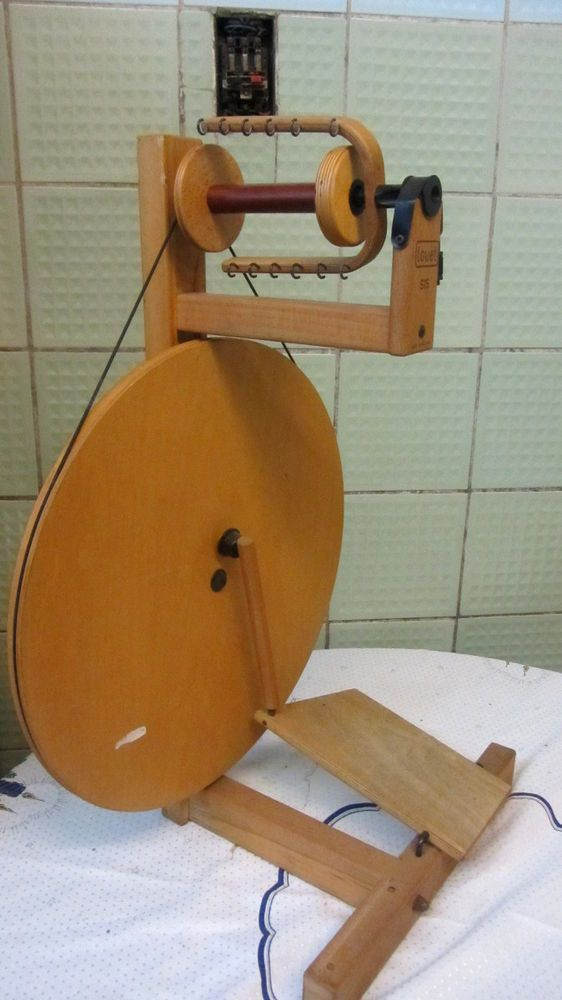Spinnrad S15 Louet Spinning Wheel kardieren Wolle Spinnrad spinnen ...