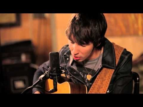 Mo Pitney Farmers Daughter Official Acoustic Version Merle