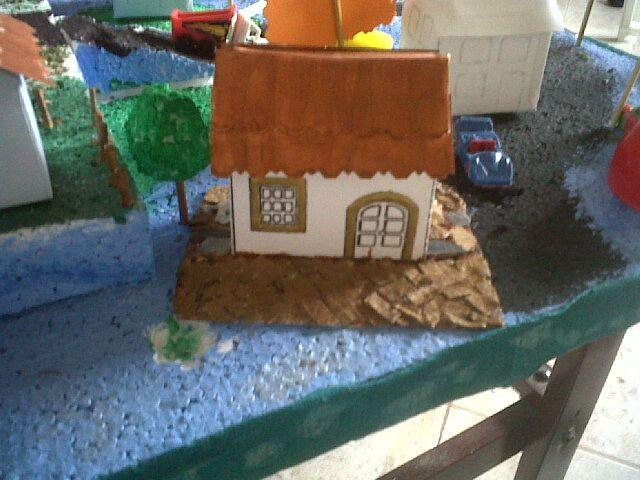 Casa de maqueta escolar elaborada con materiales - Casa de materiales ...