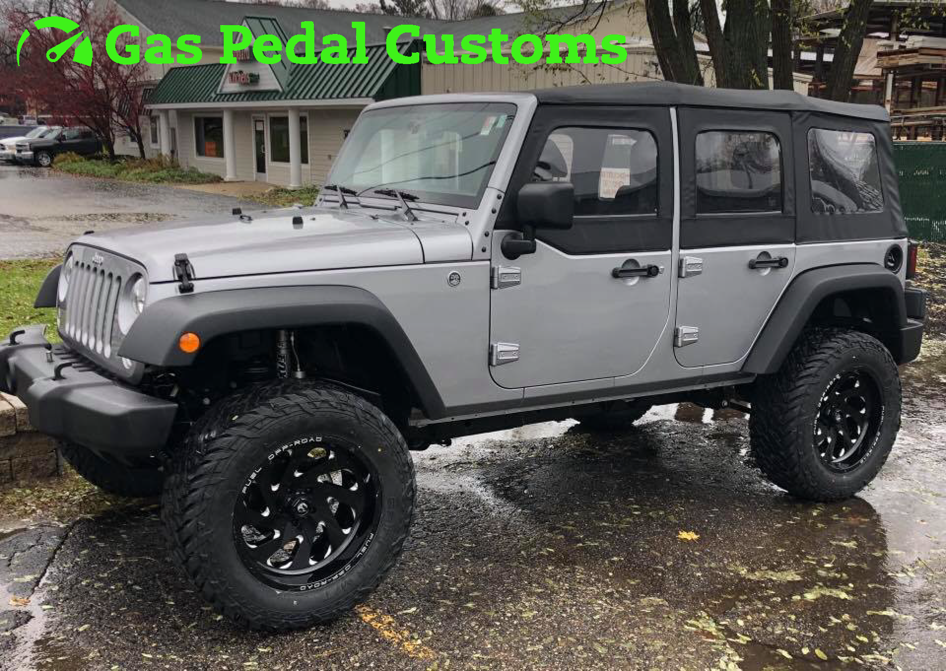 jeep wrangler with jks suspension fuel offroad wheels fox shocks and fuel tires gas pedal customs jeeps hemi jeep conversions customs jeeps jeep  [ 1920 x 1362 Pixel ]