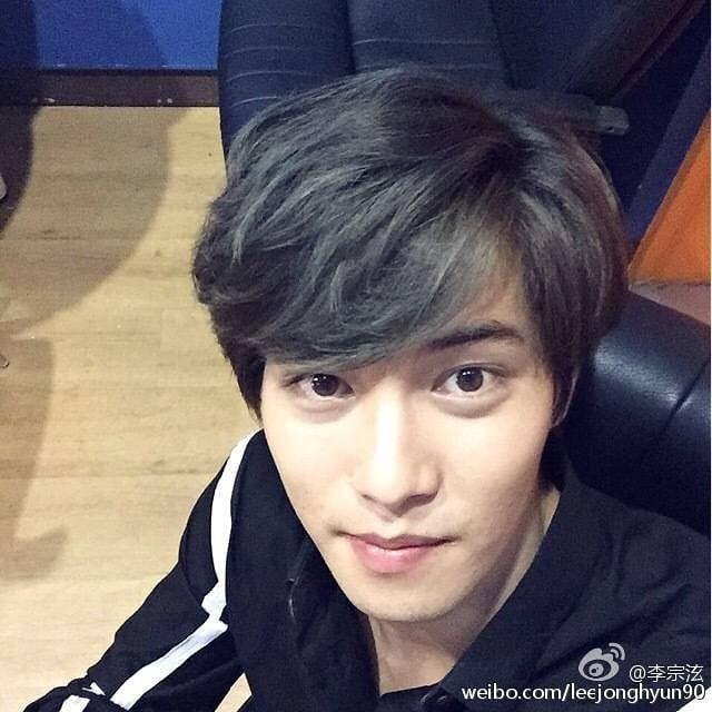 Today in history - JongHyun 2015.09.20 Repost from Webio 有意思哈哈哈 #CNBLUE #씨엔블루 #LeeJongHyun #李宗泫 #이종혁 ...