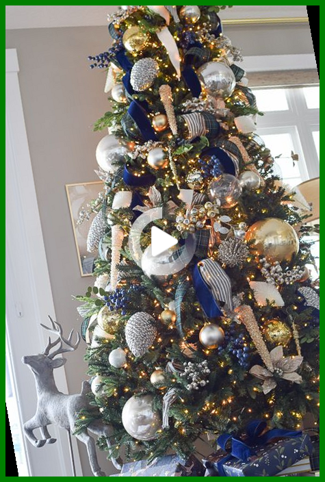Design Wallpaper Iphone Backgrounds Style 32 Ideas In 2021 Christmas Tree Decorating Themes Christmas Tree Inspiration Blue Christmas Decor