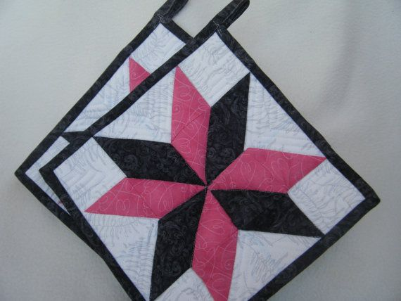 Pink and Dark Gray Quilted Potholders  Set of by KraftyGrannysHome, $15.50