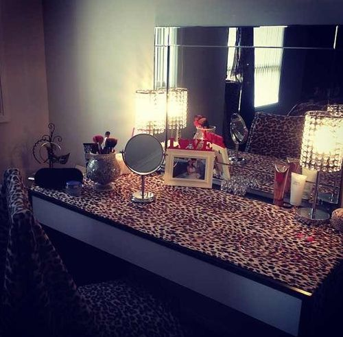 272fce086d leopard vanity ♥ I have that mirror!!