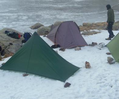 Come montare una tenda canadese in modo sicuro   Moda, Tende