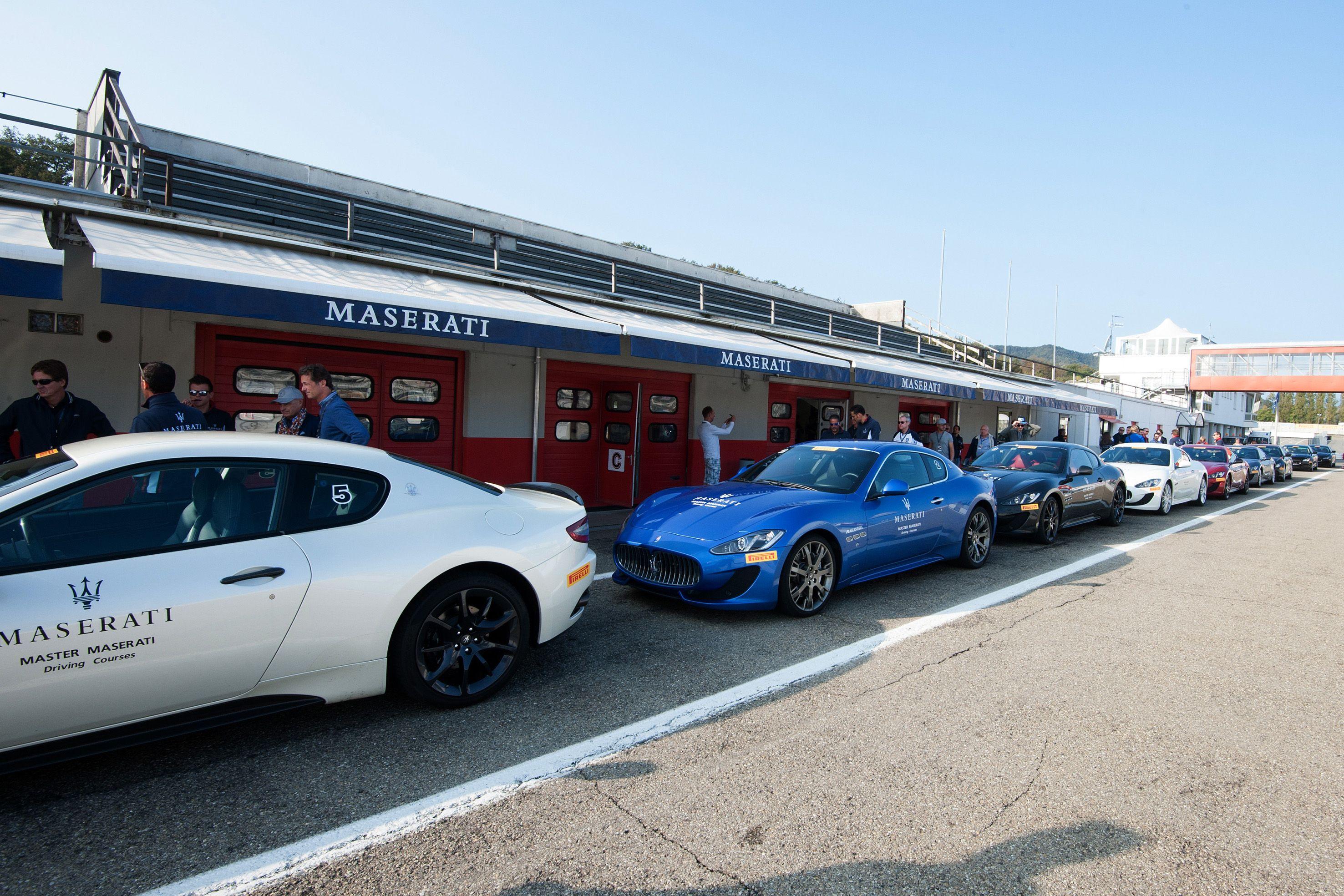 #Maserati pit lane
