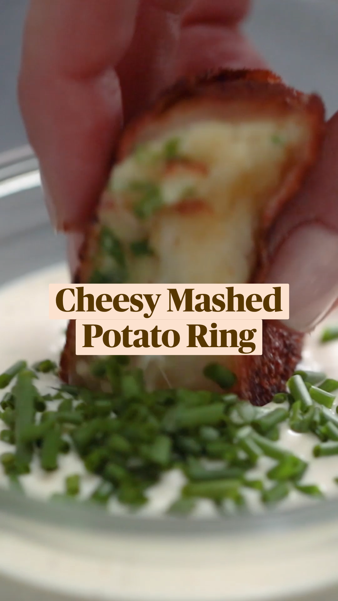 Cheesy Mashed Potato Ring