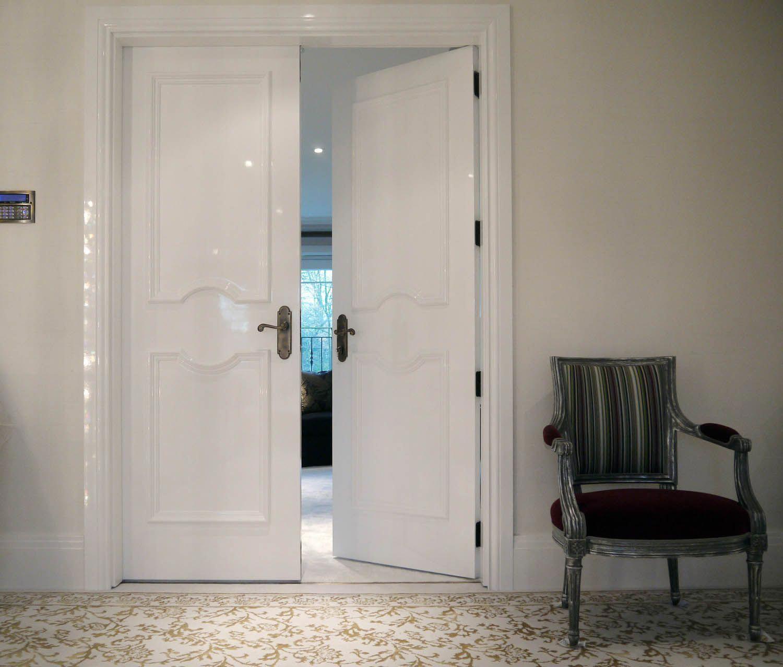 Double doors to bedroom