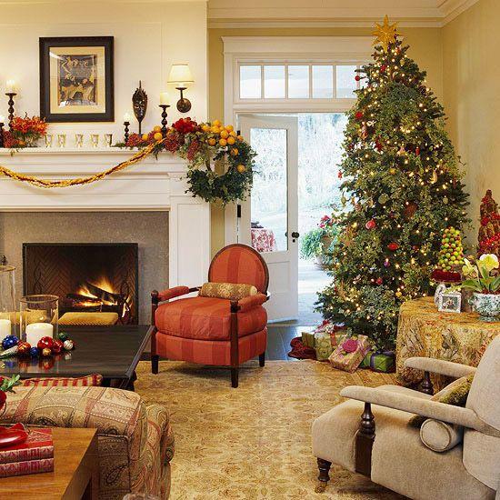 É, pessoal, faltam 35 dias para o Natal. É hora de pensar no pinheiro, a peça central na decoração desta festa super familiar. Os enfeites e...