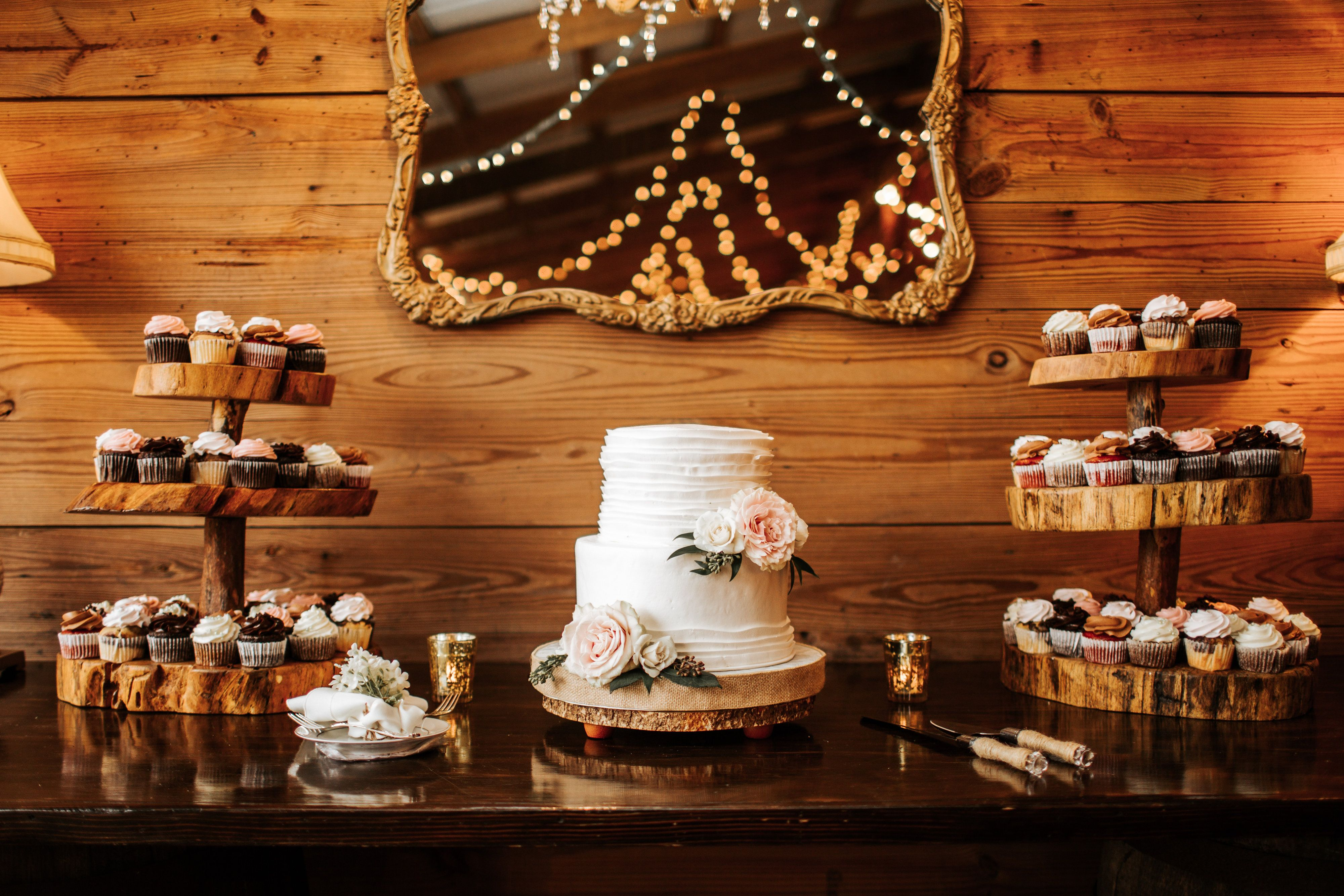 Wedding cake table decor ideas  A Relaxed Rustic Inspired Wedding at Cross Creek Ranch in Dover FL