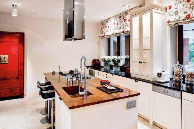 Kuchnie Z Wyspa Ze Sprzetem Agd Jesli Okap Nad Zamontowana W Wyspie Plyta Grzejna Ma Pracowac Jako Wyciag Odprowadzac Powi Kitchen Design Kitchen Home Decor