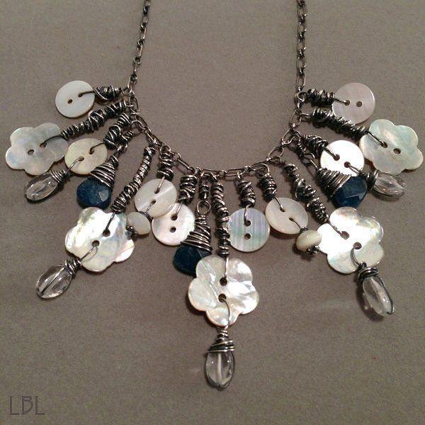 Photo of 8 Adorable Button Necklaces You Can DIY