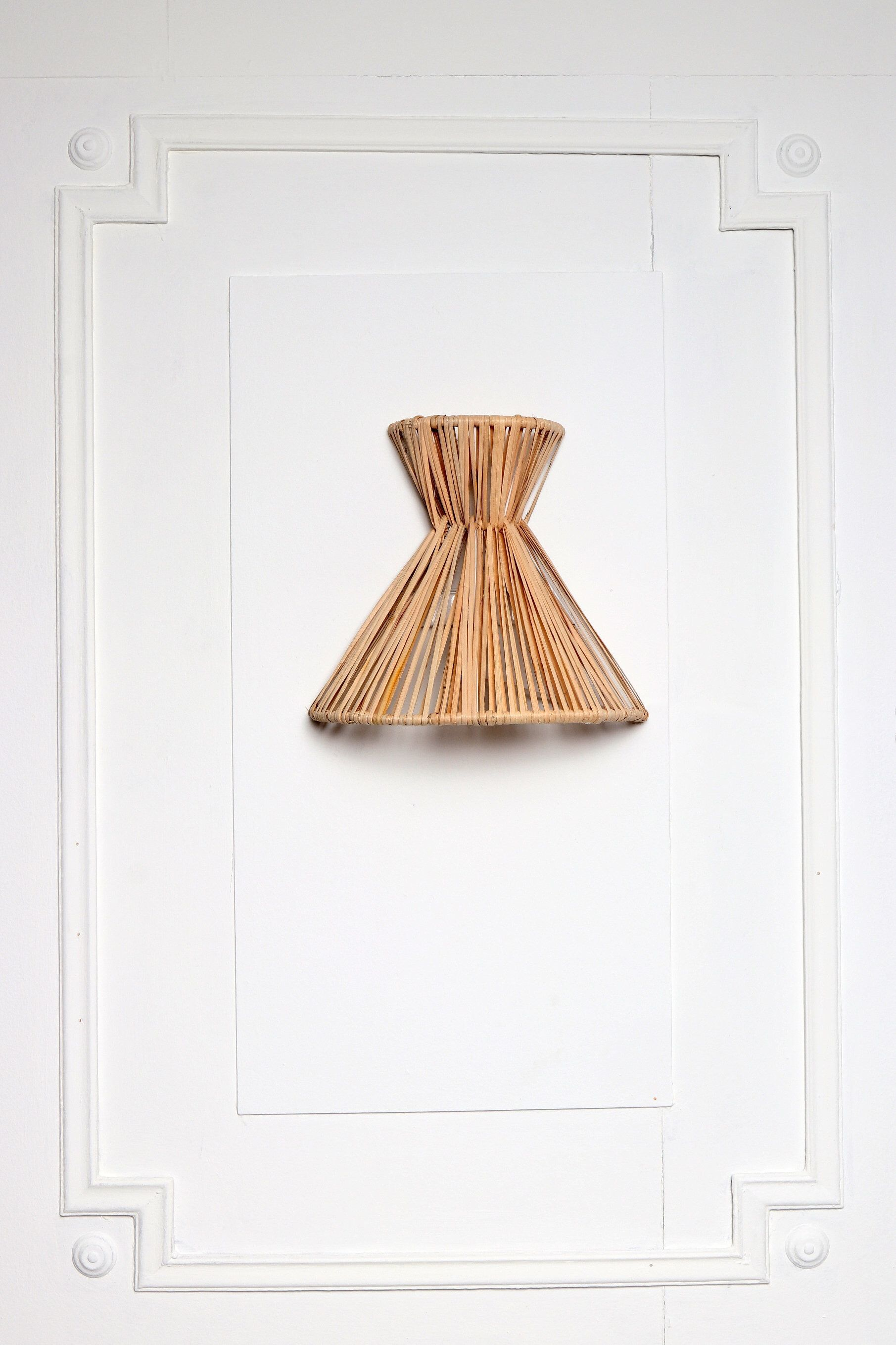 26 Interior Design Ideas With Wall Sconce: Banana Leaf Wall LightBrass Wall Sconce Globe Sconce