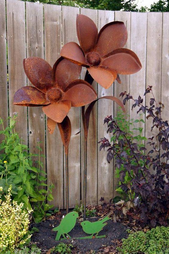 Impressive On Metal Garden Flowers Outdoor Decor Rusty Metal Garden