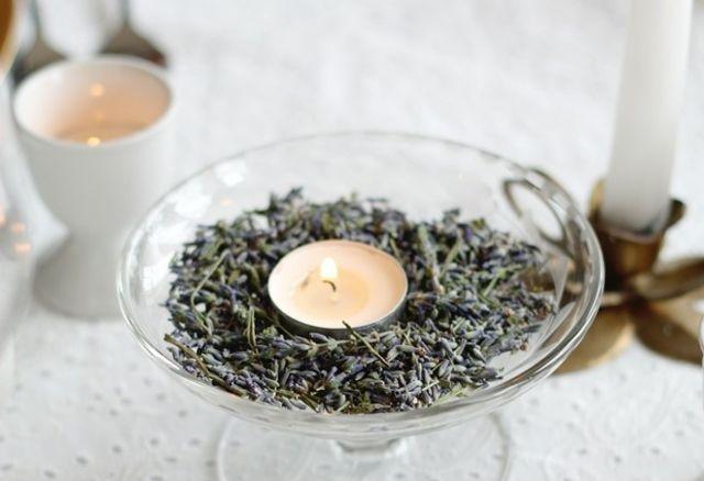 Lavendel trocknen Teelichter arrangieren Duftkerzen ...