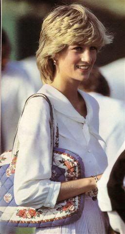 Diana Love this top...I call it the Di blouse. I'm going through white shirts to find mine like this...time to renew my Di look, can't go wrong #princessdiana
