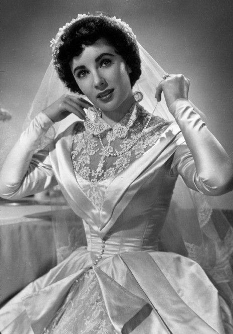 Abiti Da Sposa 1950.Fashion Beauty And Style Elizabeth Taylor 1950 Sposa Spose