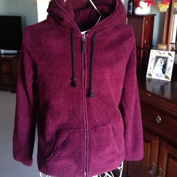 Fluffy maroon super soft fleece jacket | American eagle outfitters ...