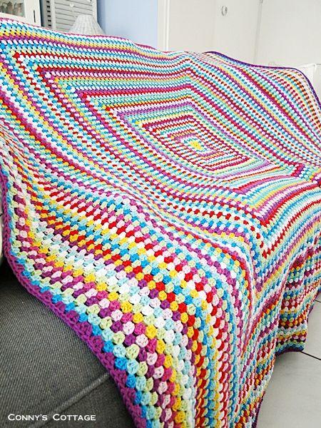 big granny square blanket handarbeiten. Black Bedroom Furniture Sets. Home Design Ideas