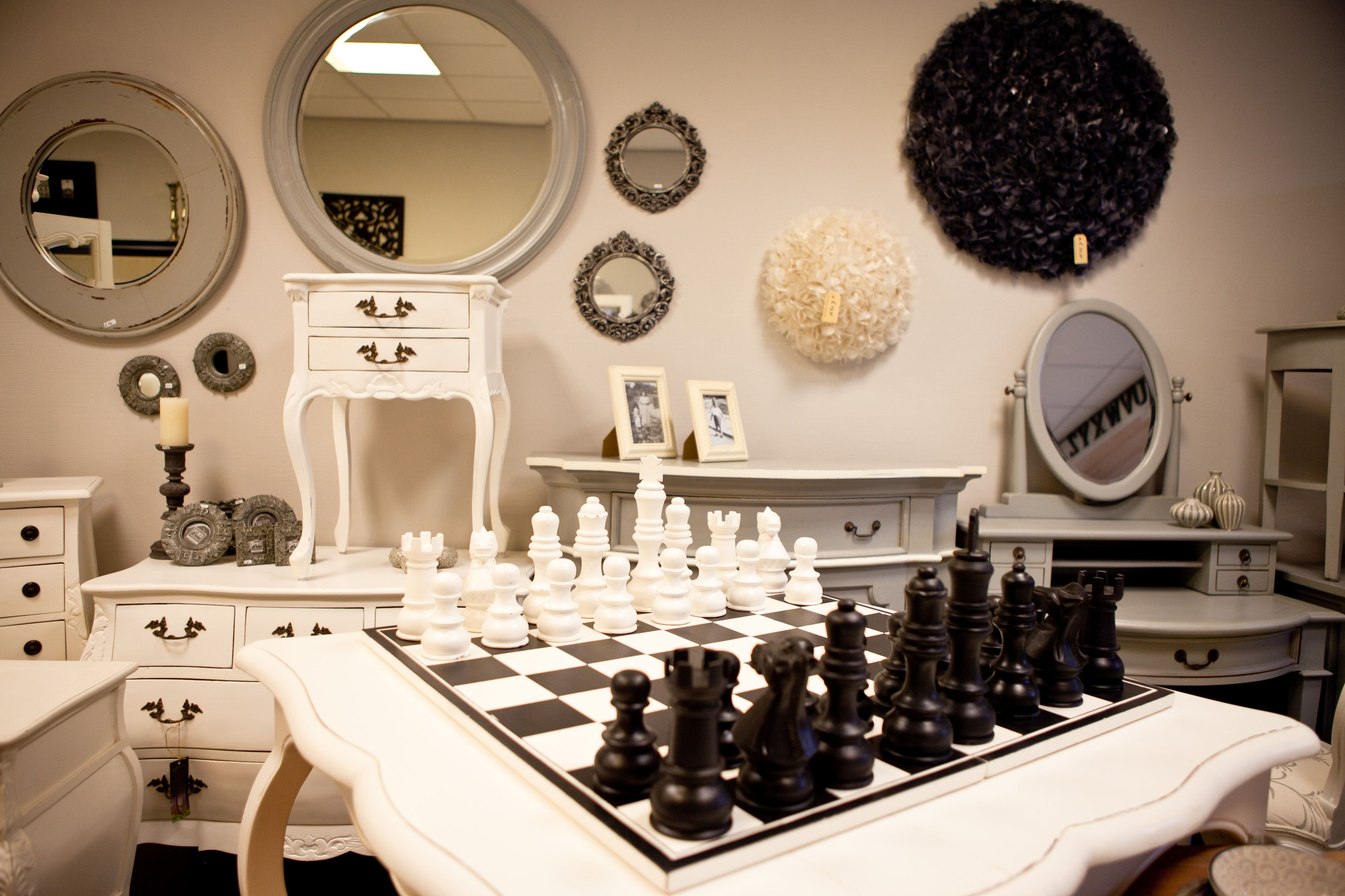 Cromwellroad.nl Keuze uit meer dan 700 meubels