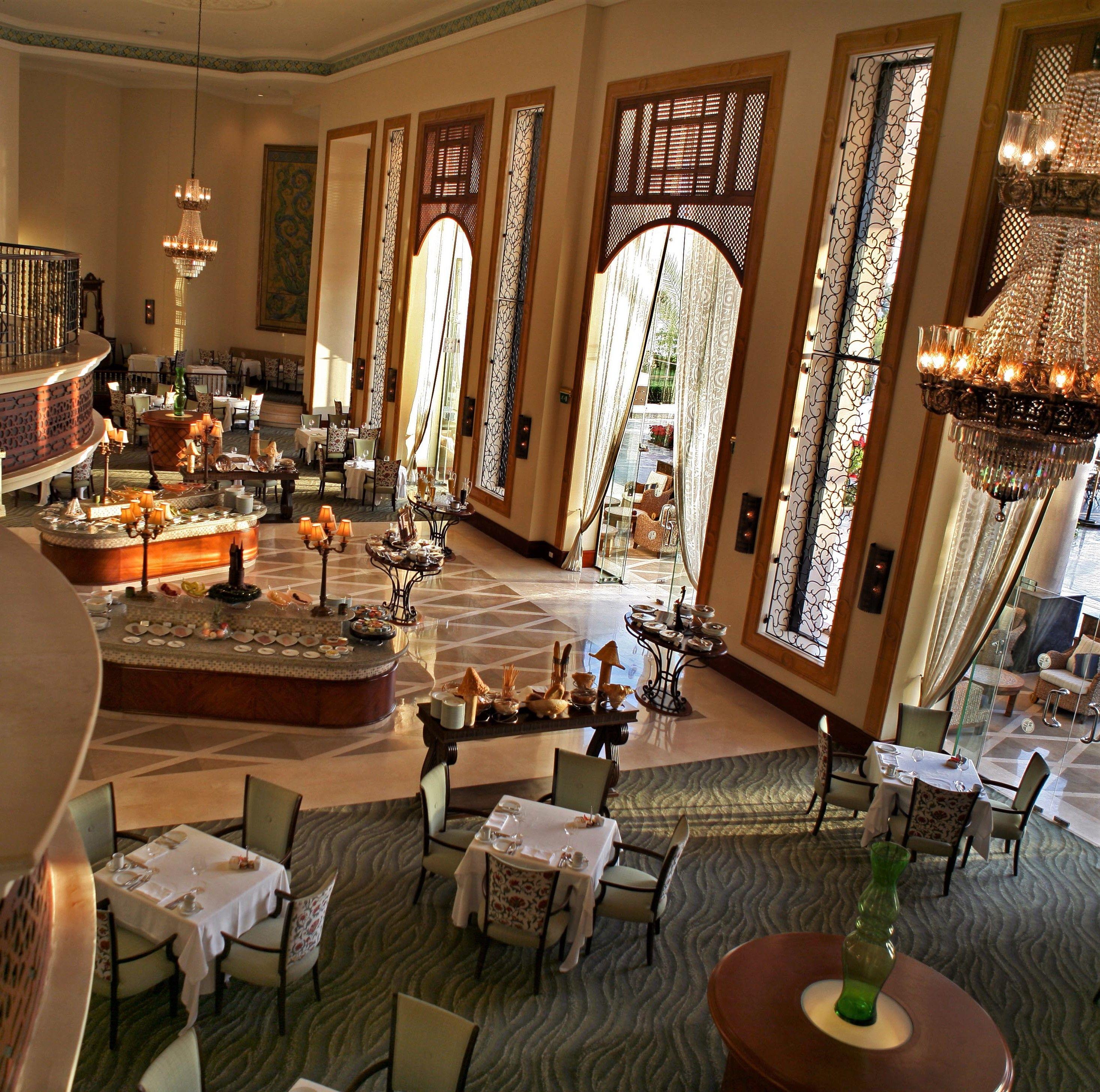 Das Olive Restaurant ist das Hauptrestaurant des Palace Hotel. Es ...