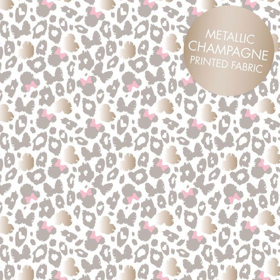 NEW Furry Friends Daisy 100/% cotton fabric by the yard