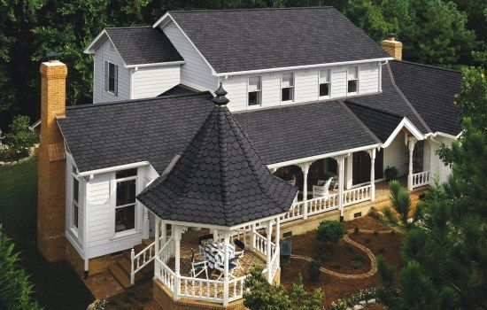 Carriage House Shingle House Beautiful Roofs House Exterior