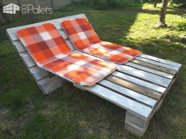 Garden Sun Lounger from 2 Pallets Pallet lounge, Pallets and Big