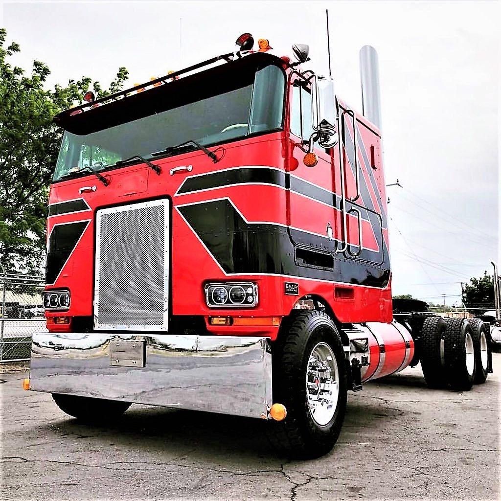Millions of Semi Trucks   vantage trucks   Semi trucks ...