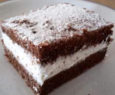 Rezept Schokoschnitte mit -JoghurtSahne Füllung   Blechkuchen  von Frido68 - Rezept der Kategorie Backen süß