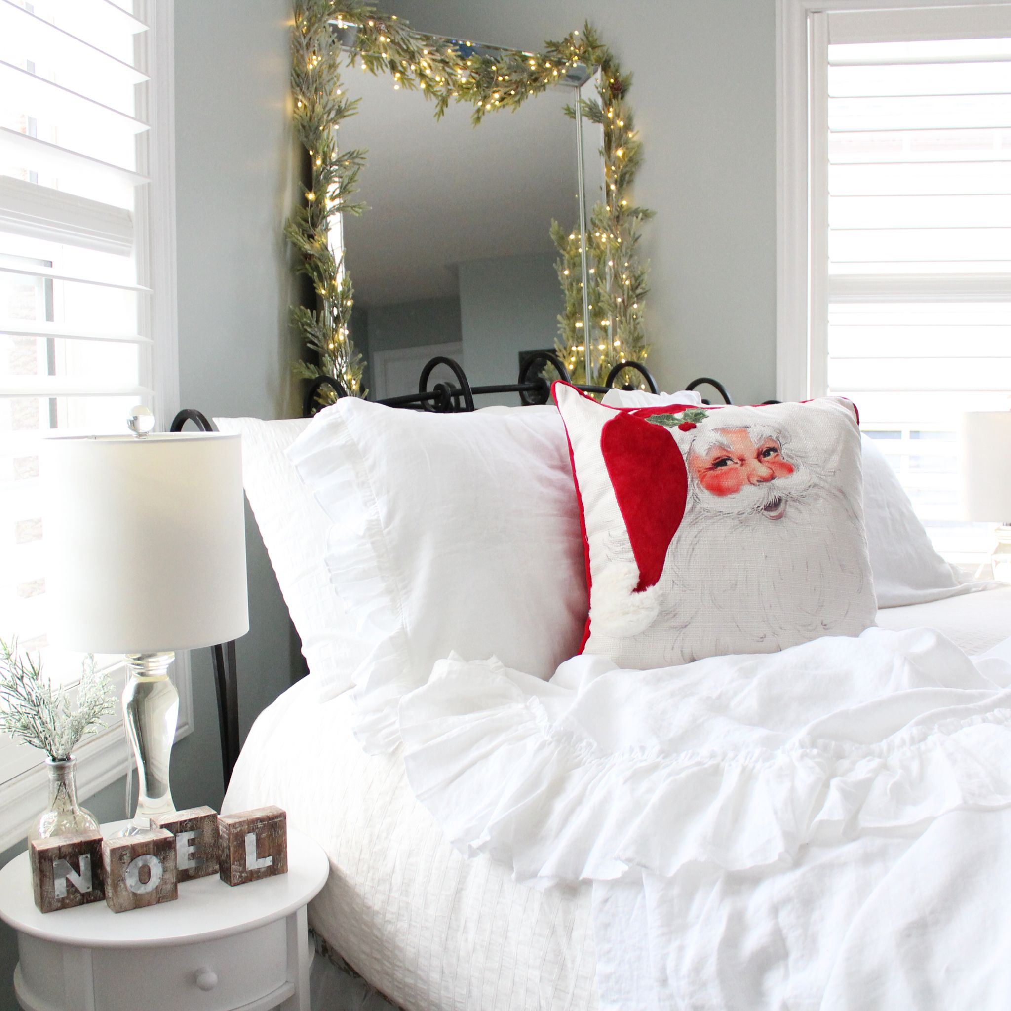 White Christmas Bedroom inspo, Home decor, Bed pillows