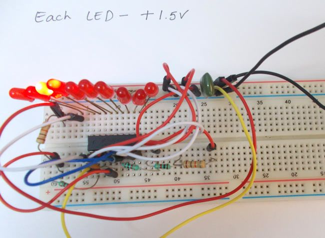 lm3914 voltmeter electronic circuits electronic here we are going to design a simple voltmeter using ic is a chip which drives 10 led based on linear input voltage value voltmeter circuit diagram