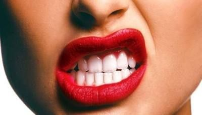 Reds Lips And White Teeth Is My Type Of Look I Like To Pull Off