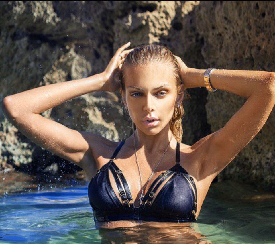 Cleavage Liza Svistunova nudes (68 images), Topless