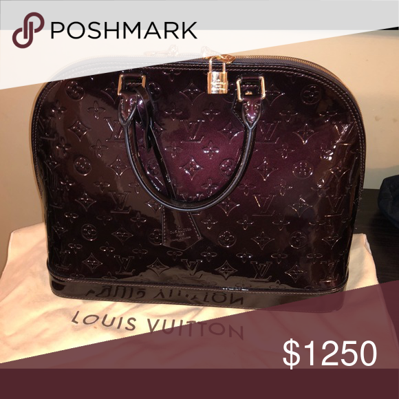 0947446da11 Louis Vuitton Alma PM Color  Amarante Like new only wore twice Louis  Vuitton Bags Cosmetic Bags   Cases