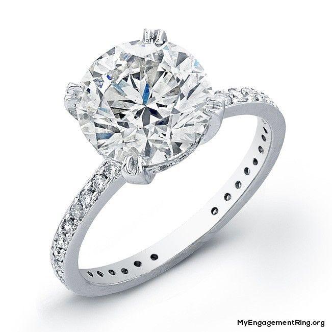 White Gold And Round Diamond Engagement Ring