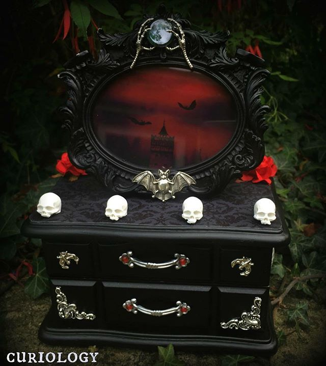 Gothic jewellery box by Curiology Weve been making custom boxes
