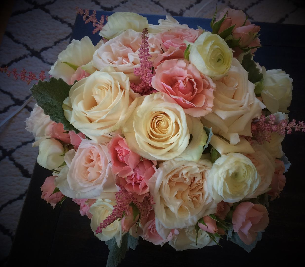 Blush Garden Roses White Roses Pink Spray Rose Pink Astible and