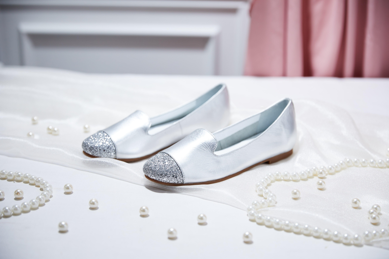 1721 5 Silver Glitter Toe Flats | SHIMMER AND GLITTER