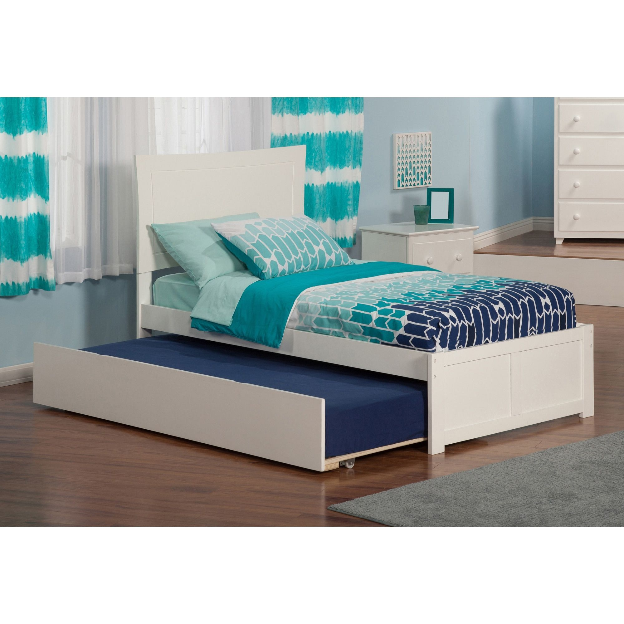 Metro Twin Platform Bed with Flat Panel Foot Board and