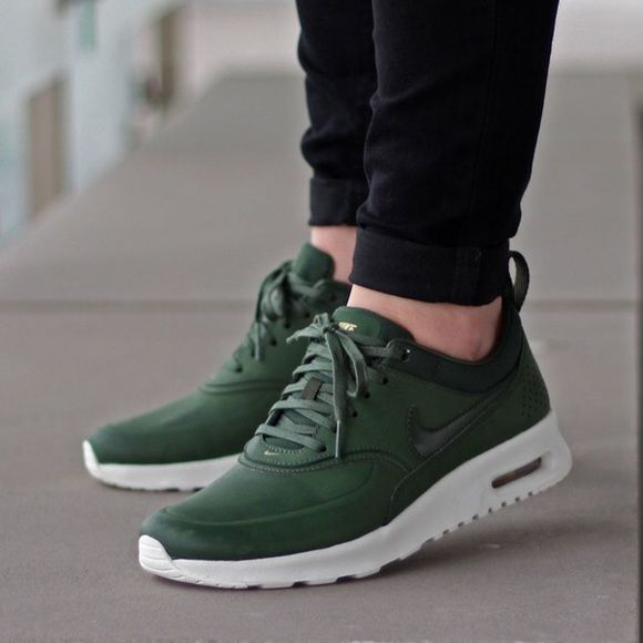 Women's Nike Air Max Thea Prm Carbon Green Brand new with