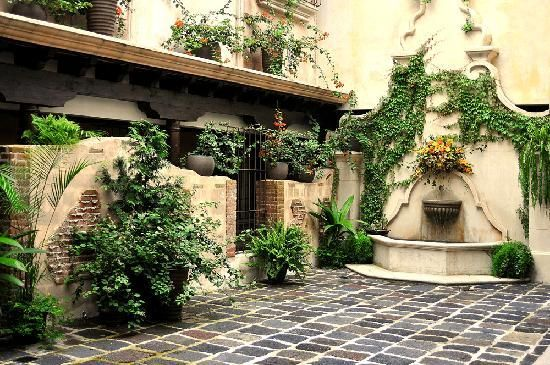 La ciudad de antigua guatemala fuentes de jardin en for Diseno de fuente de jardin al aire libre