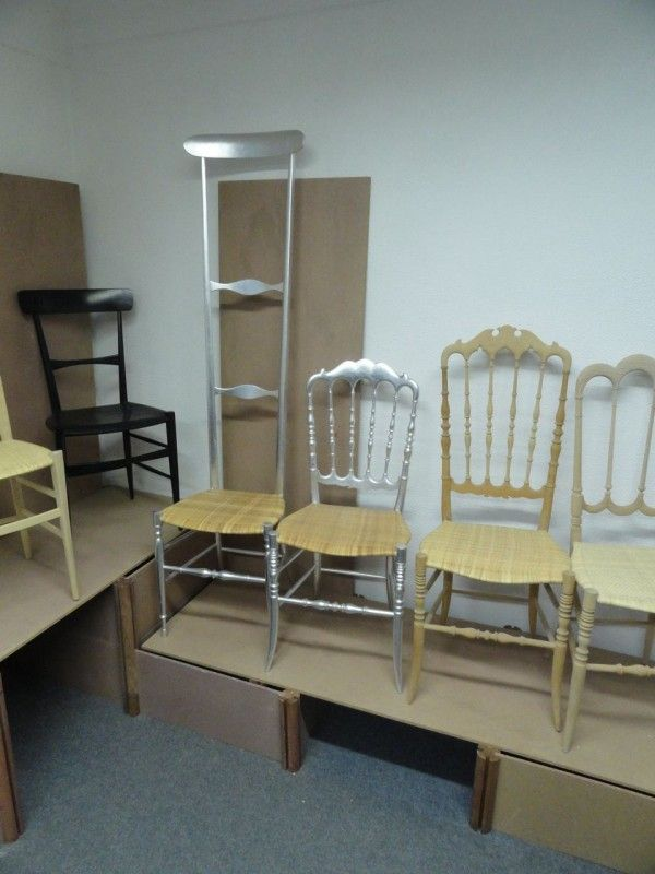 The Chairs of Chiavari | THE GILDED OWL