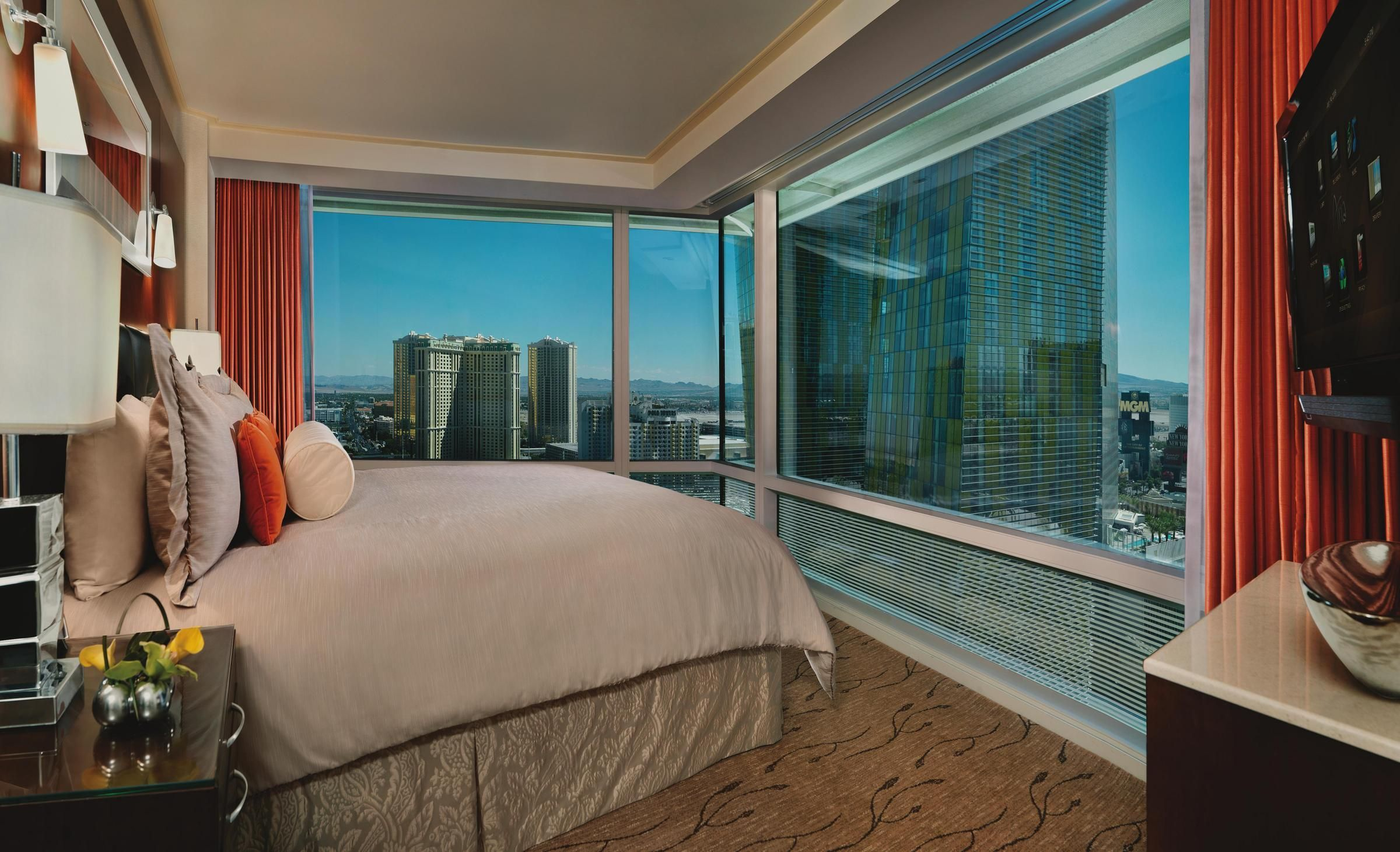 yet another beautiful view of las vegas from aria u0027s luxurious