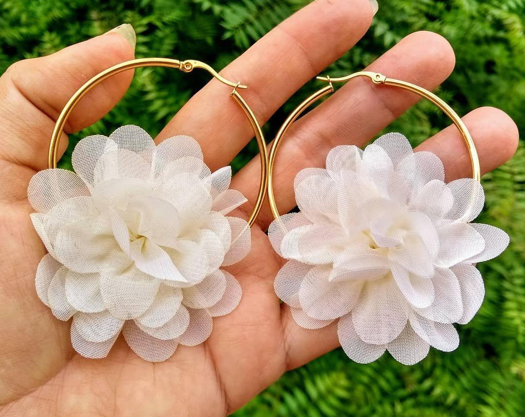 77d5f0073637 Aretes con flor