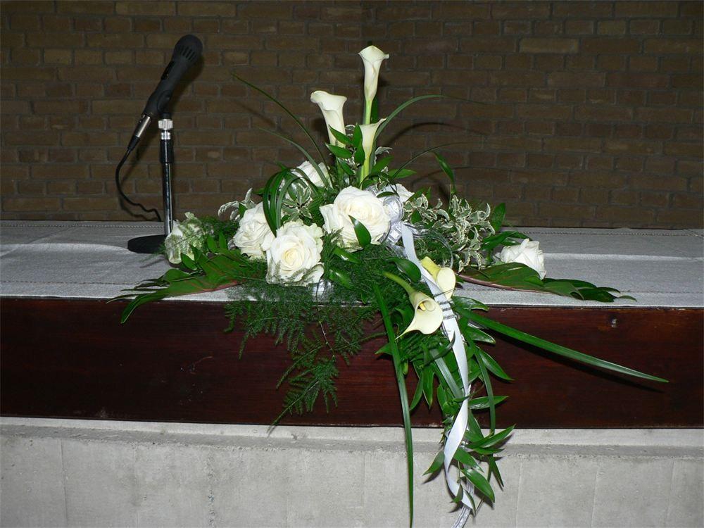 Altarschmuck  Floristik  Altarschmuck Blumen schmuck