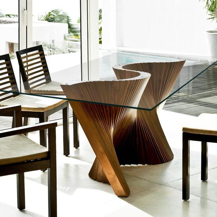 Mesa de comedor moderna de vidrio de nogal wave for Mesas de cristal y madera para comedor