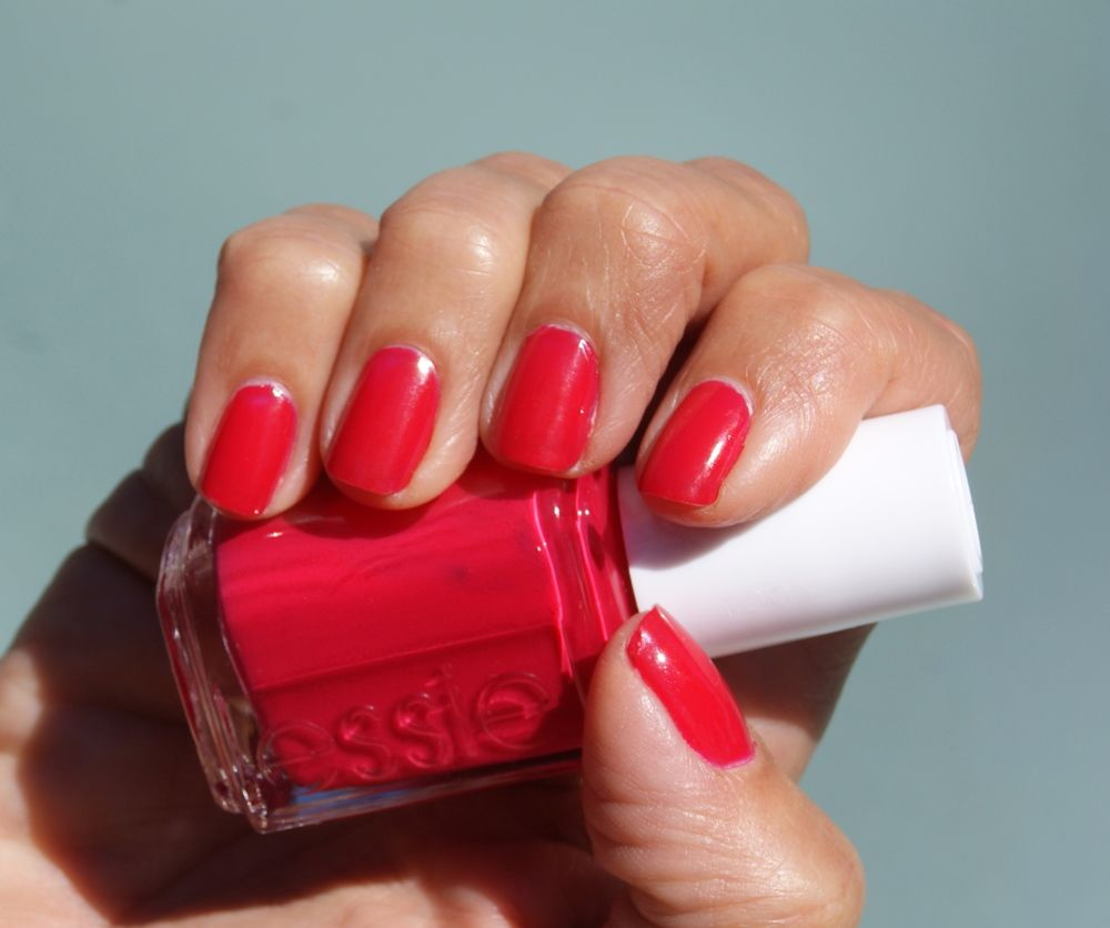 Mani Monday: Best Bright Pink, Bright Red Nail Color for Spring!