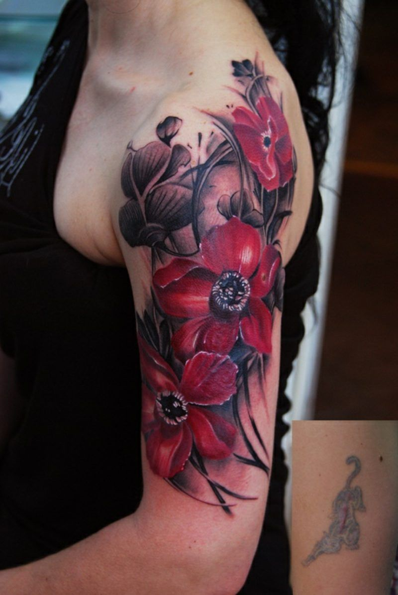 Blumen tattoo oberarm Tattoo Oberarm