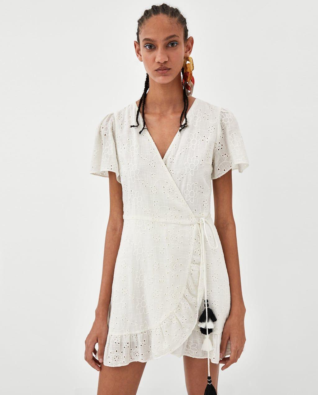 Imagen 2 De Vestido Cruzado Bordados De Zara Lace Sundress Wrap Dress White Lace Sundress